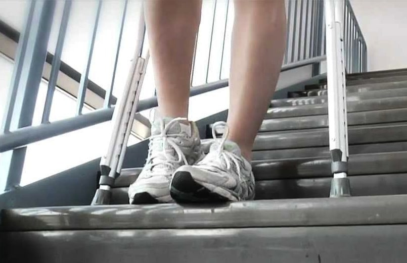how to go up steps with crutches